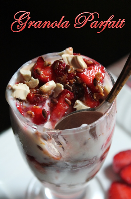 YUMMY TUMMY: Granola Strawberry Parfait Recipe/ Granola, Yogurt & Berry Parfait Recipe