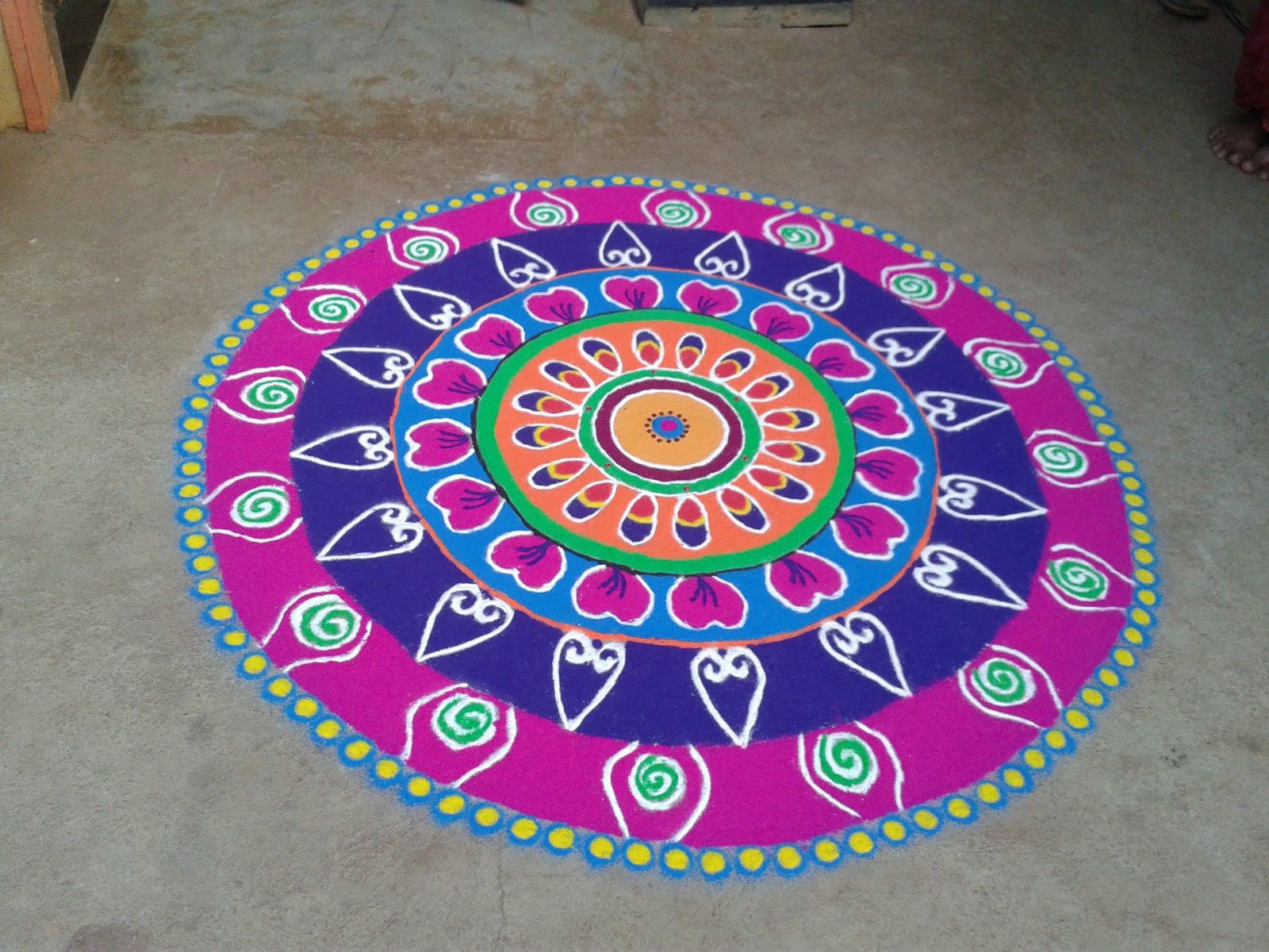 Designs of Rangoli for diwali Simple designs for kids with ...