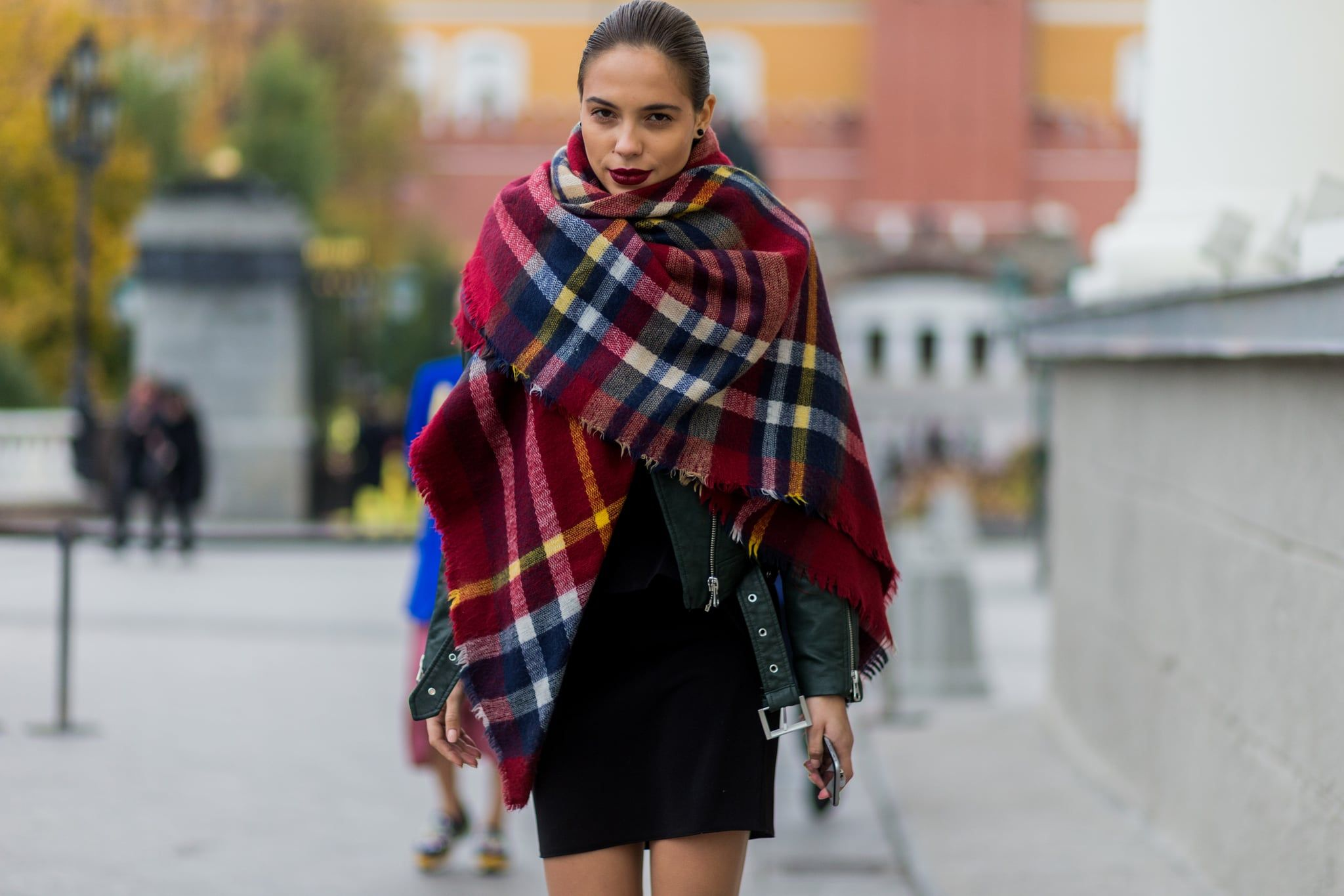 How to Wear a Blanket Scarf How to wear a blanket scarf
