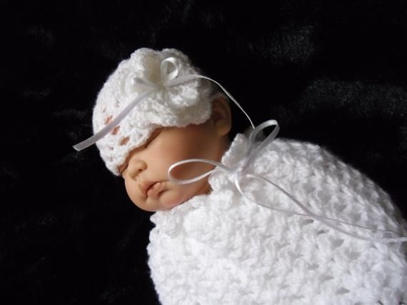 PDF crochet pattern.  Newborn Reborn crochet baby cocoon and hat.  Photo prop #crochetbabycocoon