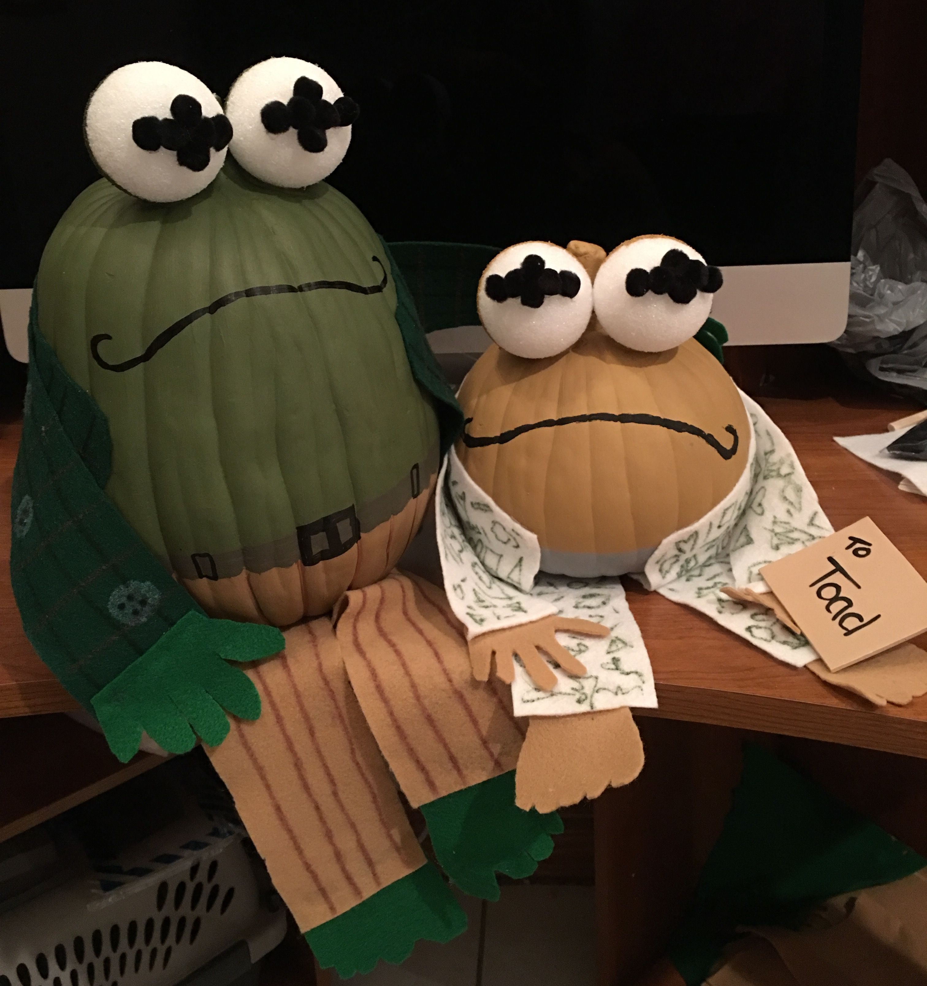 """Frog and Toad """"The Letter"""" pumpkin project! Character"""
