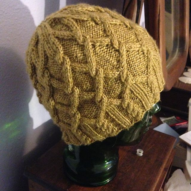 Sunny Honeycomb is an easy cable knit beanie. It\'s twisted cables ...