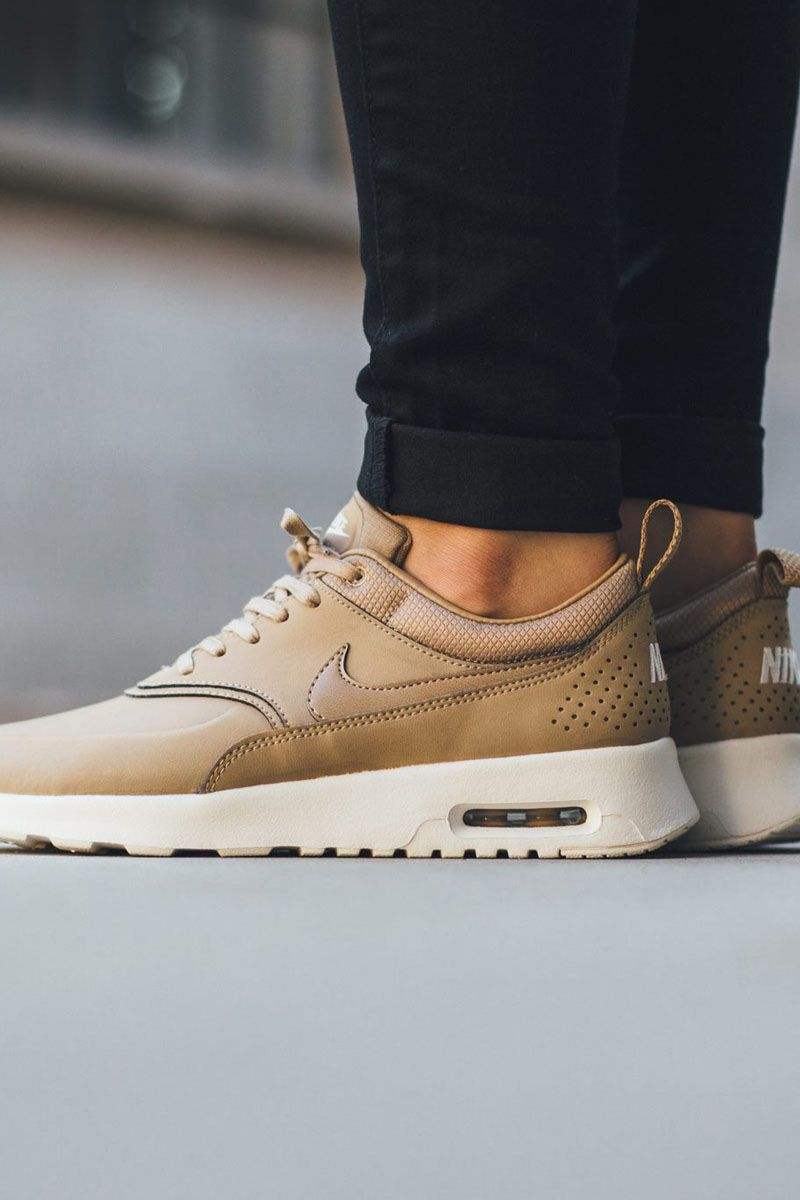 nike air max thea brown desert leather & saddle