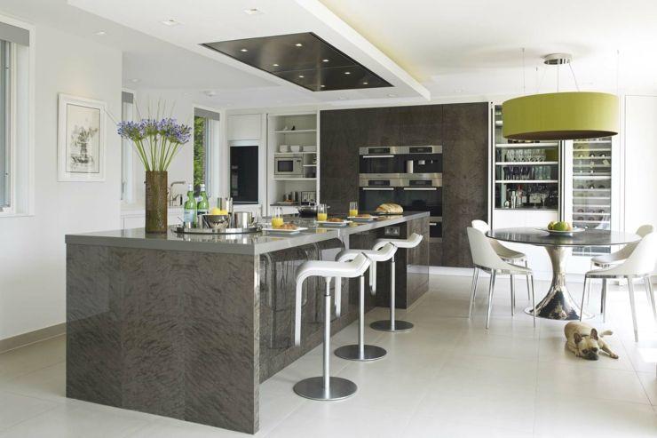 Belle maison de charme en grande bretagne maisons de for Cuisine equipee luxe