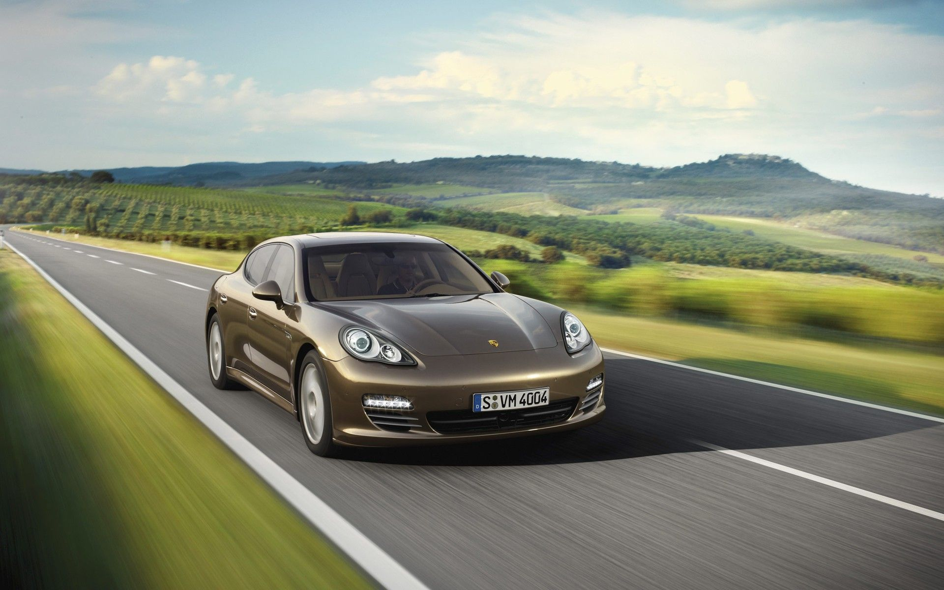 Image for Panamera Car in Full Sd the Scenes Alongside Are ...
