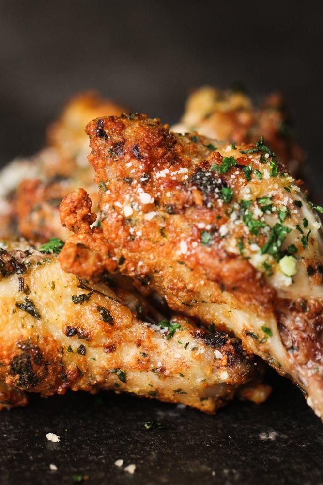Garlic Parmesan Chicken Wings in an Air Fryer Recipe in
