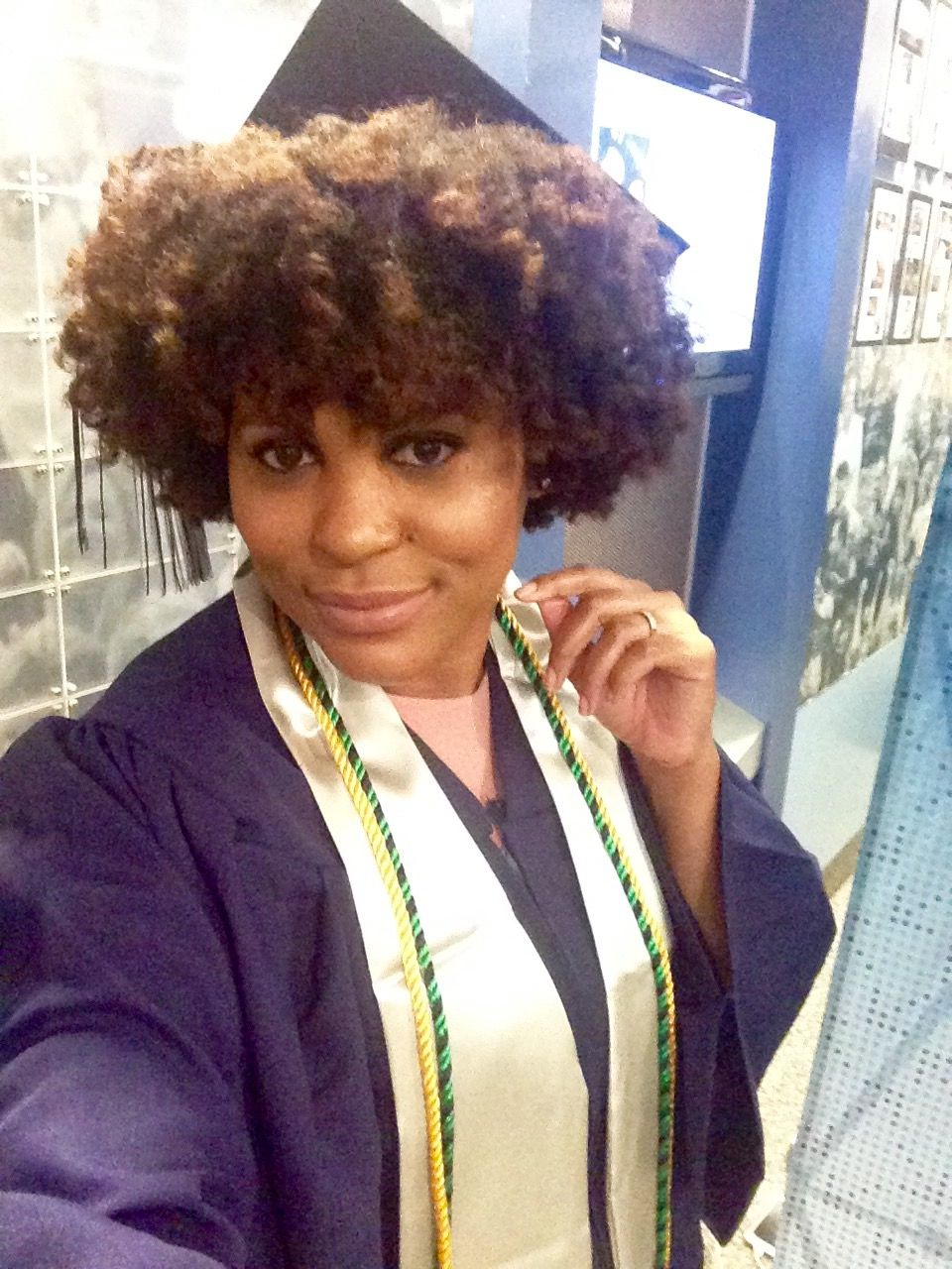Natural hair with cap and gown | My Natural | Pinterest | Natural ...