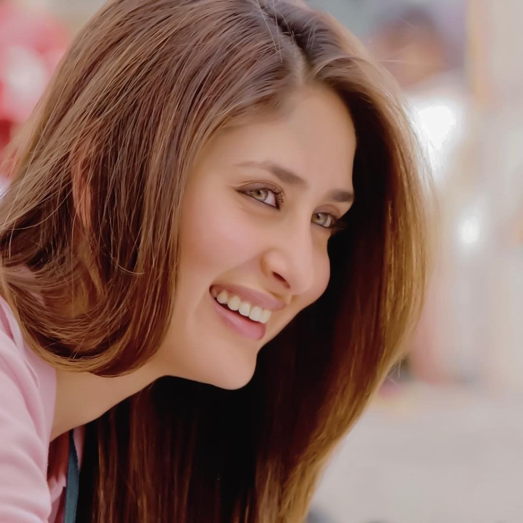 Queen Of Smile Hottest Bollywood Actress Ever  -1484