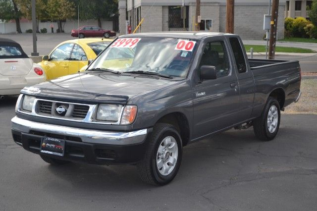 2000 Nissan Frontier XE King Cab 2WD Sellers Notes CLEAN TITLE, ***** 2  PREVIOUS OWNERS ONLY *****, MANUAL TRANSMISSION, MAKE UP TO 24 MPG, FOR  UNDER $4K ...