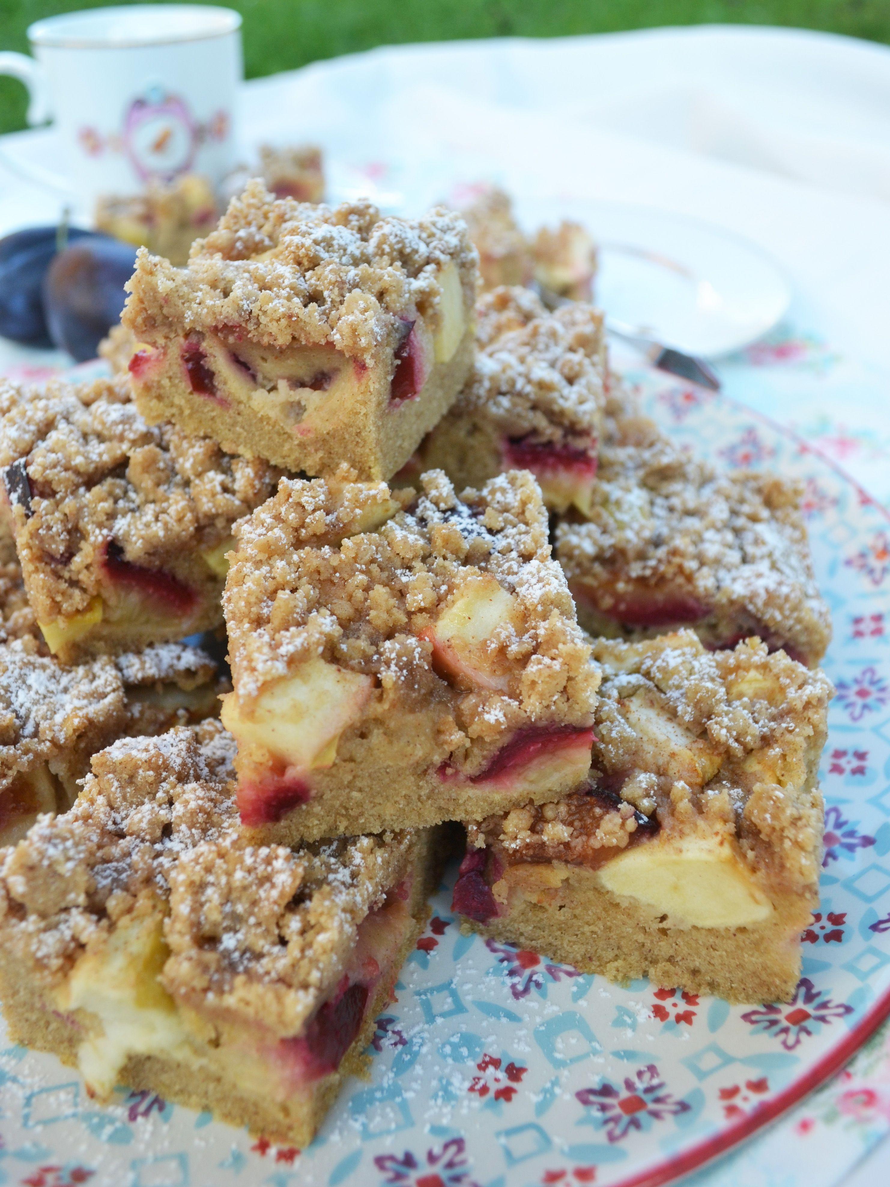 Herbstliches Kuchenglück! Zwetschken-Apfel-Kuchen mit Zimtstreusel #sweetrecipes