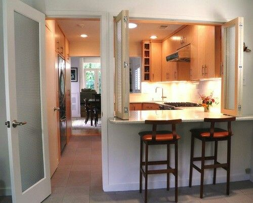 Skinny Townhouse Kitchen With Pass Through To Family Room