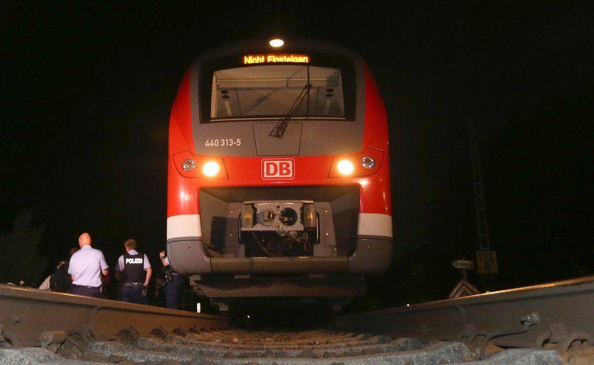 Zugangriff in Würzburg: Ermittler zweifeln an Herkunft des Täters - SPIEGEL ONLINE - Politik