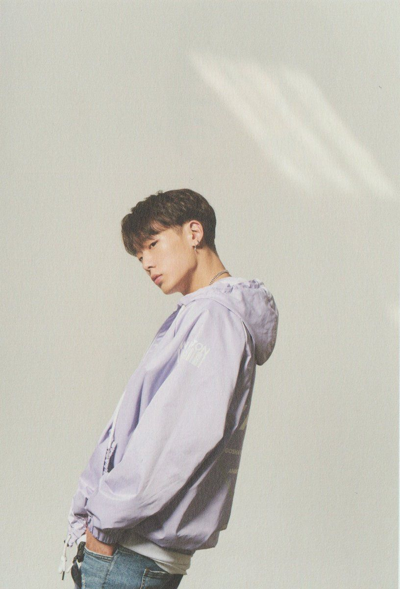 IKON 2ND ALBUM RETURN RED VER scan 2 PHOTOBOOK BI