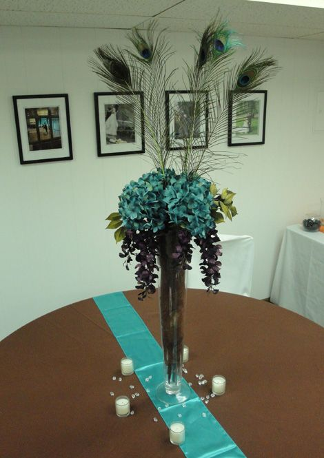 Add red gerbers and red willow sticks event flowers for Casa decoracion willow