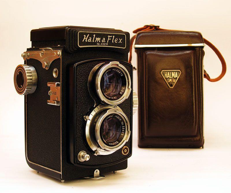 Halma Flex Model 2a Twin Lens Reflex Camera 1960    I MAY