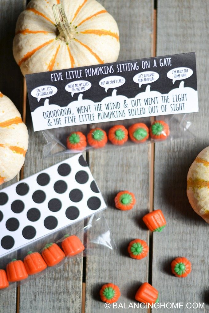 21319cca4fd Five Little Pumpkins Sitting on a Gate Halloween Printable