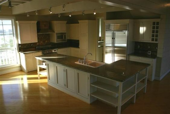 Best False Beams And Shaker Kitchen Houzz Shaker Kitchen 400 x 300