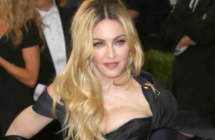 """Madonna möchte bei ihren Konzerten den Zuschauern immer etwas ganz Besonderes bieten. Die Sängerin ist derzeit auf ihrer """"Rebel Heart World Tour""""..."""