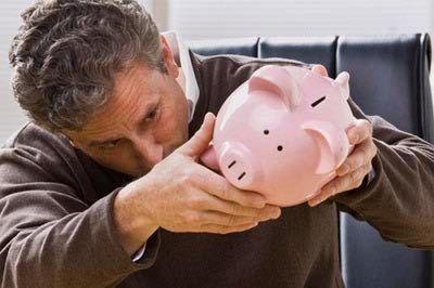 ۸ دلیل که چرا ثروتمند نمی شویم ؟ |  وب گردی  |  http://webgardee.ir/?p=26644  مجله خبری وب گردی webgardee.ir  همهی ما به دنبال دلیل این هستیم که بدانیم چرا ثروتمند نمی شویم. در این نوشتار ما را همراهی کنید تا ۸ دلیل را شرح دهیم کهچرا ثروتمند نمی شویم.  افراد ثروتمند، ذاتا ثروتمند متول�
