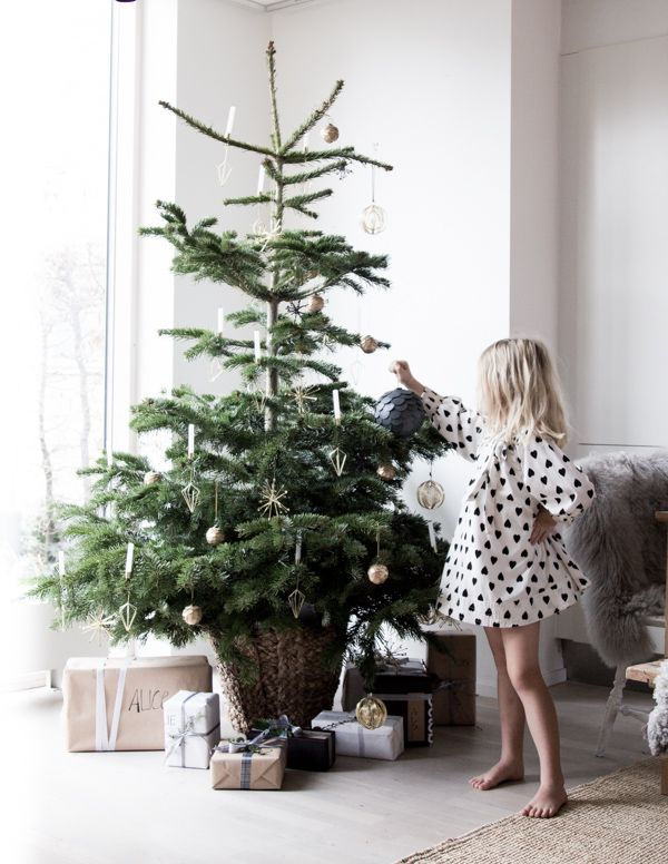 Well Friends This Has Been One Crazy Year I Can 39 T Tell You How Much I 39 Ve Enjoyed B Scandinavian Christmas Trees Minimalist Christmas Scandi Christmas
