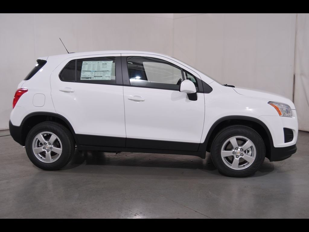 New 2016 Chevrolet Trax Ls Lease And Sale Special In Massillon