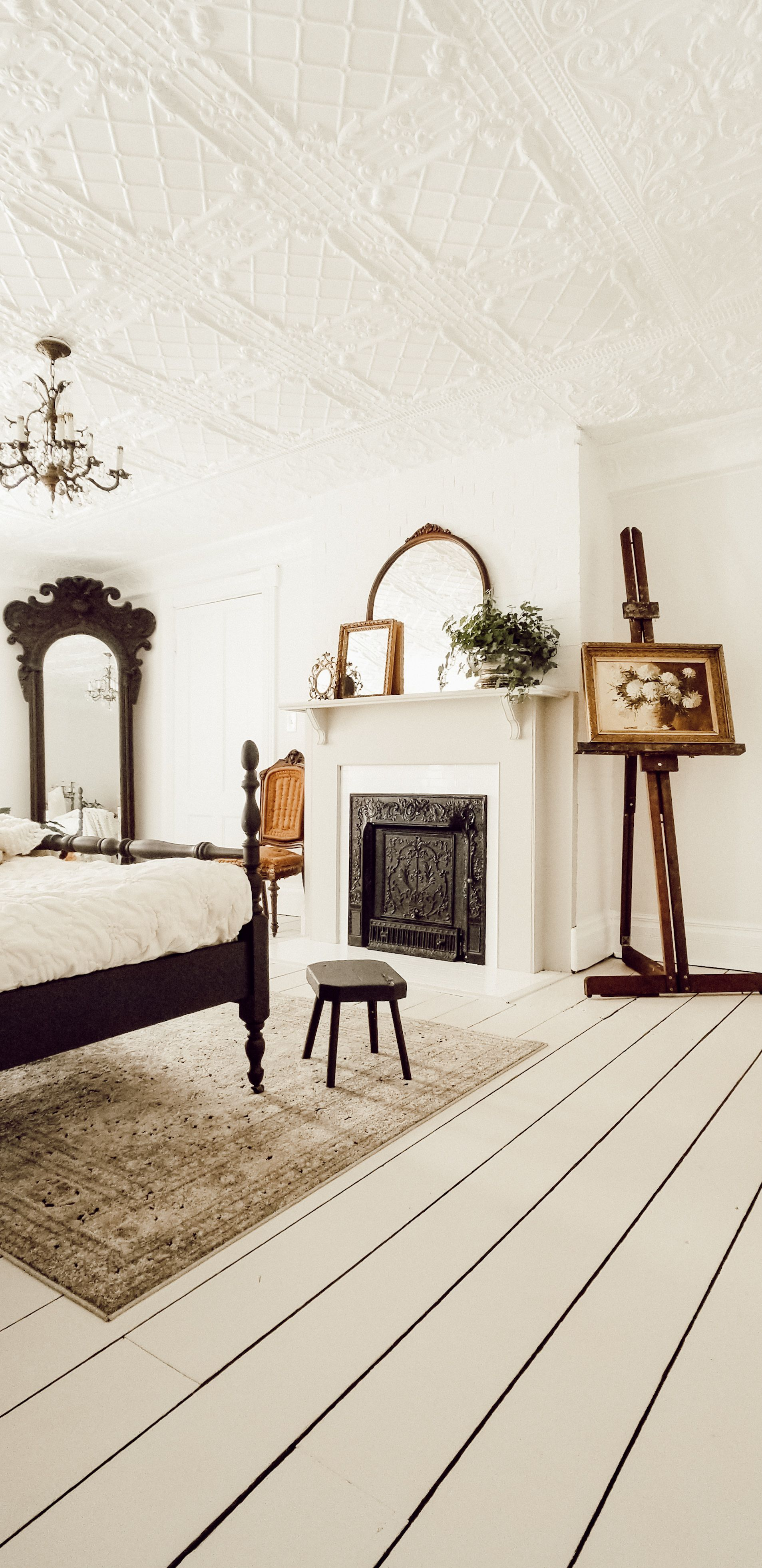 The BEST White Paint Colors - Diana Marie Home