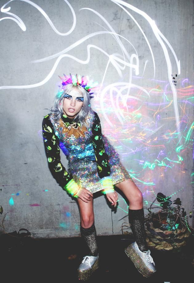EatFashionNotCake: Spaced OUT  http://eatfashionnotcake.blogspot.com.au/2013/02/spaced-out.html  emmamulholland fashion spacedout AW2013 streetwear style psychedelic