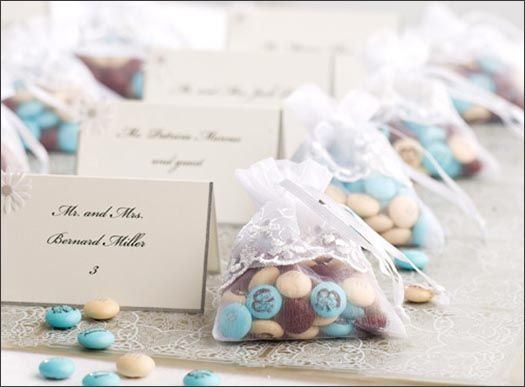 Personalised Wedding Gifts For Guests: Personalized M&M's In Lace Favor Bags For Guests. Many