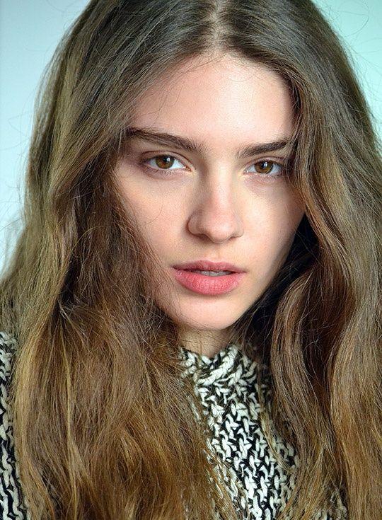 albanian-teen-model-pics