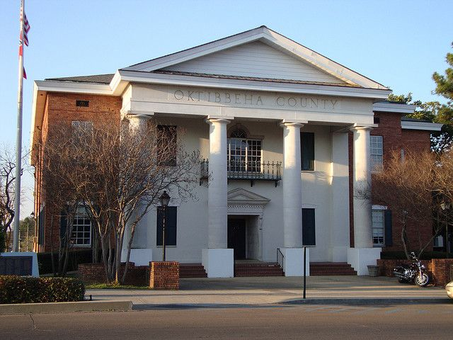 Oktibbeha County, Mississippi Courthouse (Starkville, Mississippi) by courthouselover, via Flickr Oktibbeha is a Native American word meaning either bloody water (because of a battle fought on the banks) or possibly icy creek.