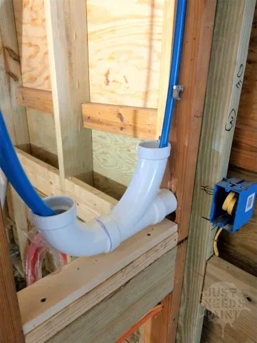 How To Install A Hose Bibb With A Pex Maintenance Loop Just Needs Paint Pex Plumbing Diy Plumbing Plumbing Installation