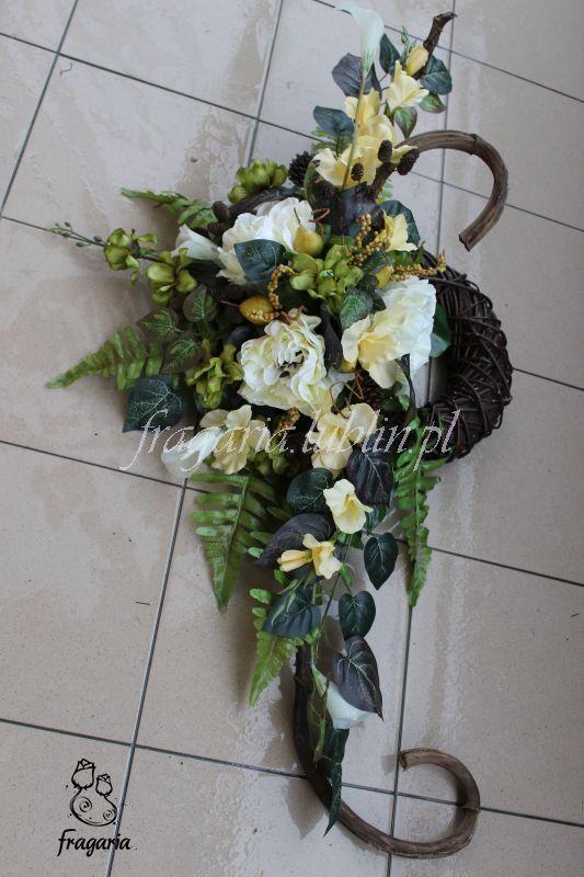Kolejna Oslona Kola Flower Decorations Flowers Floral Wreath