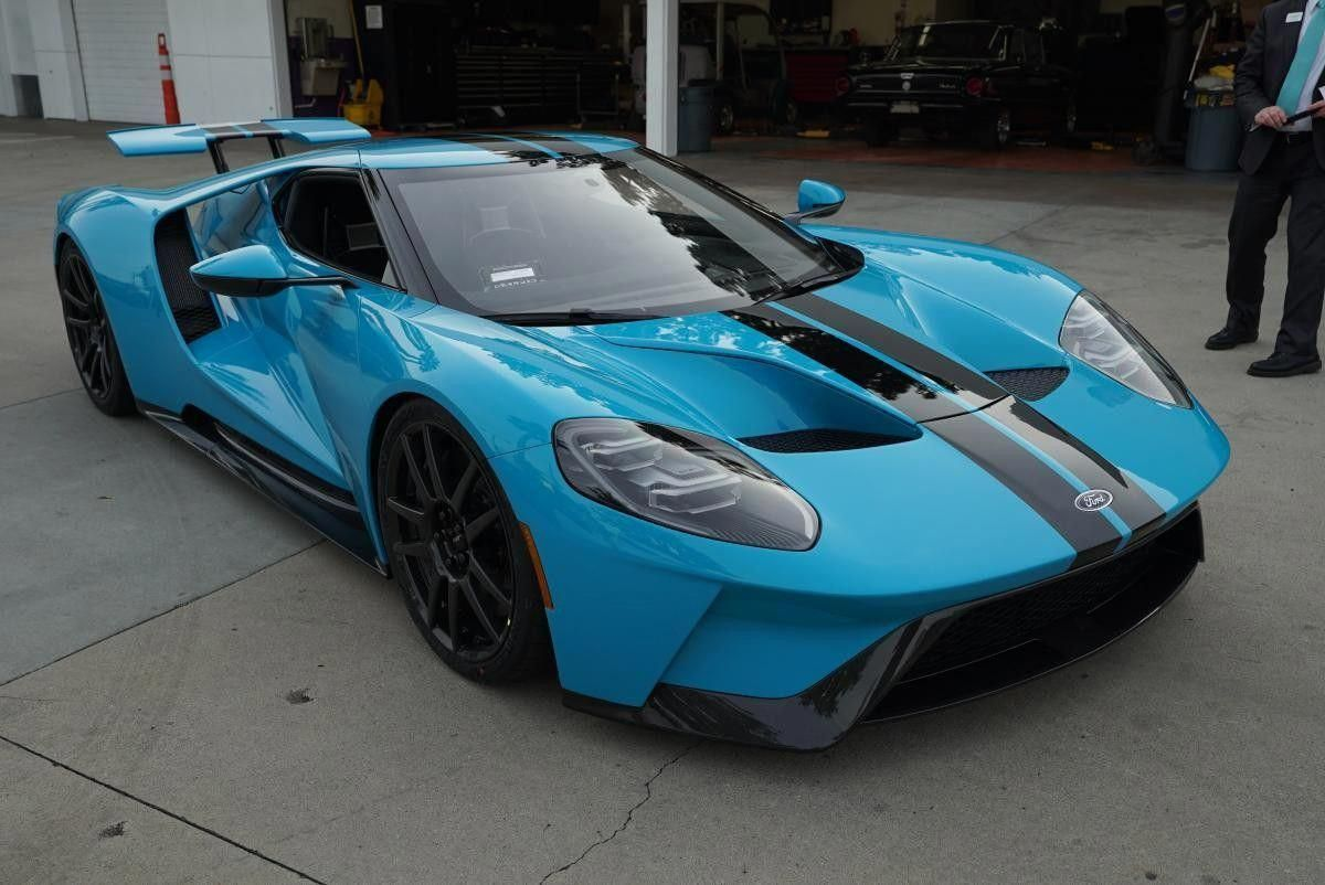 Motor In 2020 Ford Gt Super Sport Cars Sports Car