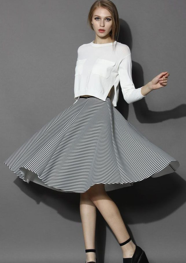 Chic Stripes Airy Full Midi Skirt