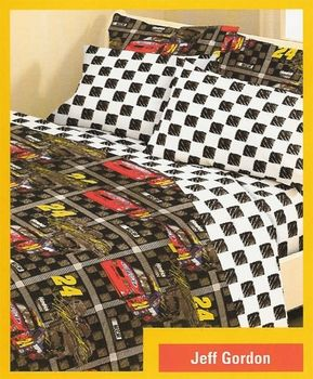 Calling all Jeff Gordon Fans! | Sports bedding, Race car ...