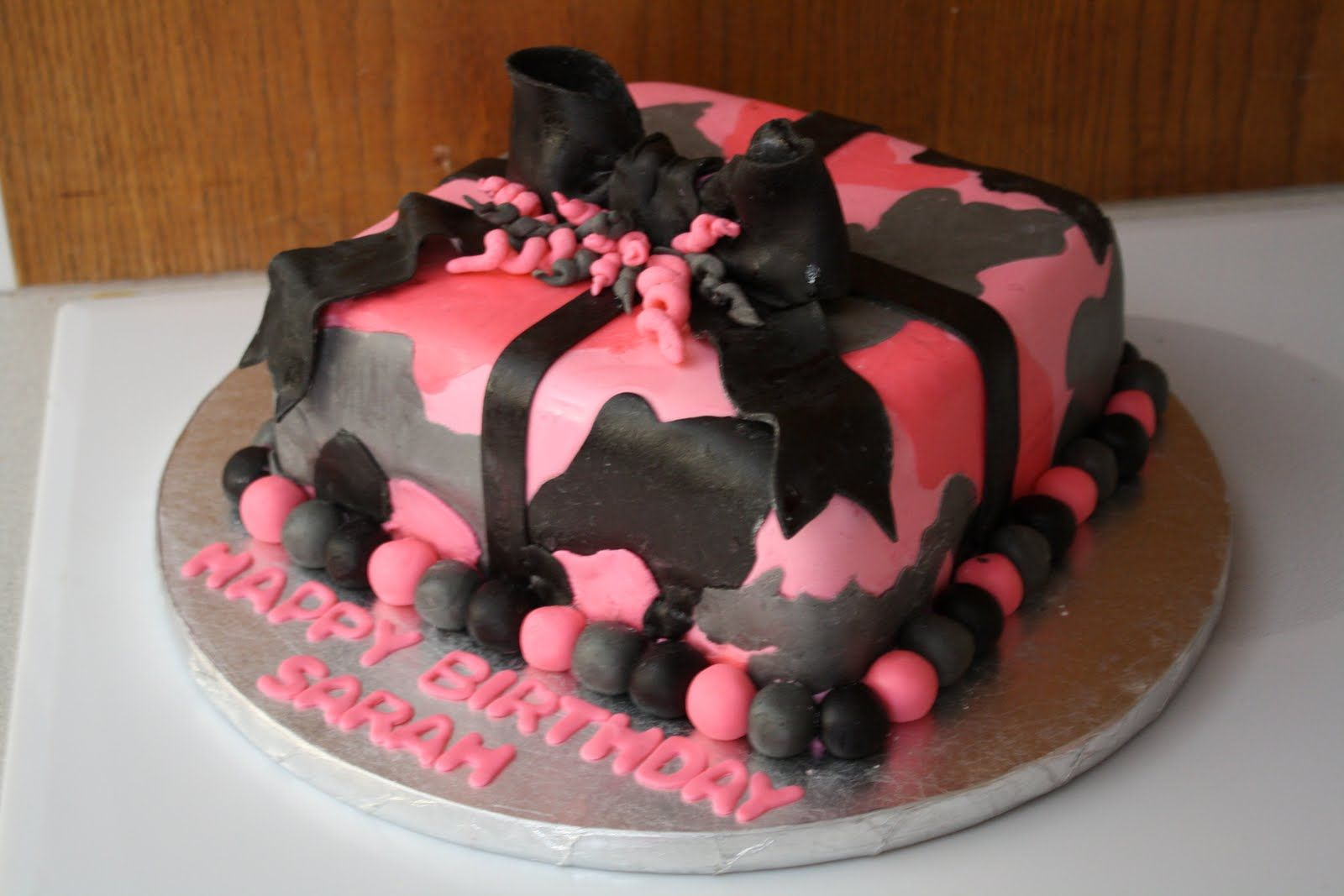Terrific Pink Camo Girl Cake With Images Camo Birthday Cakes Amazing Personalised Birthday Cards Paralily Jamesorg