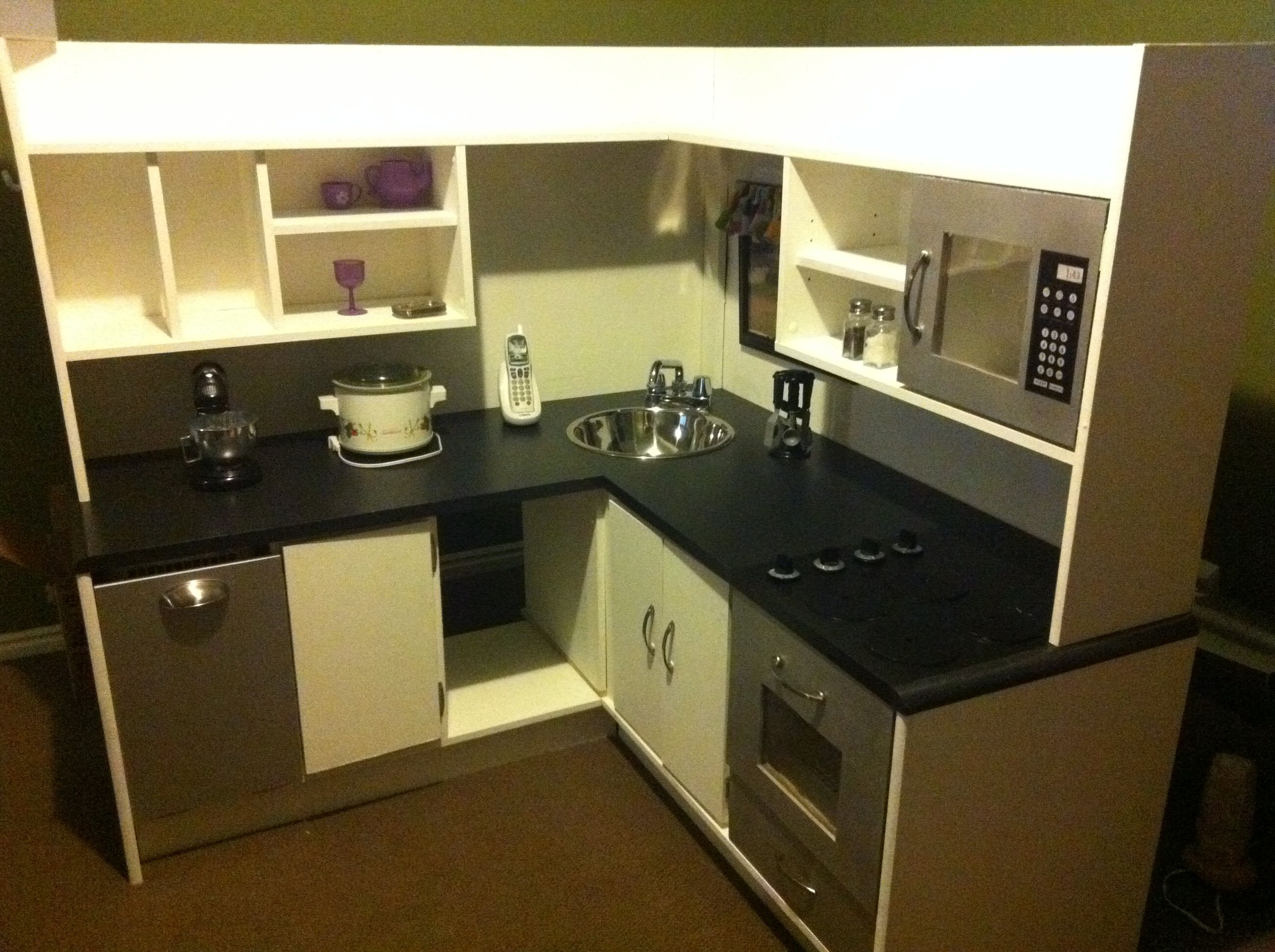 i made a pretend kitchen out of an old desk for around 50 dollars rh pinterest co uk