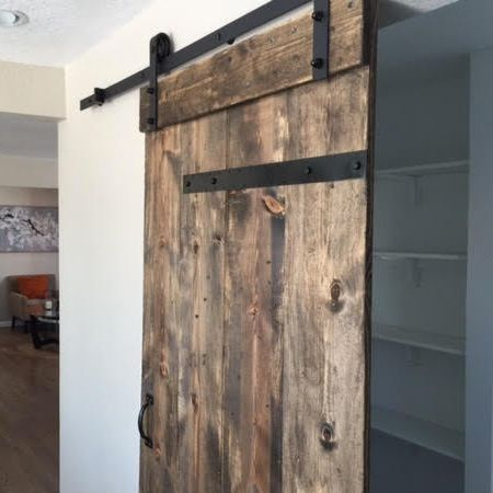 Industrial Barn Door _ Side View