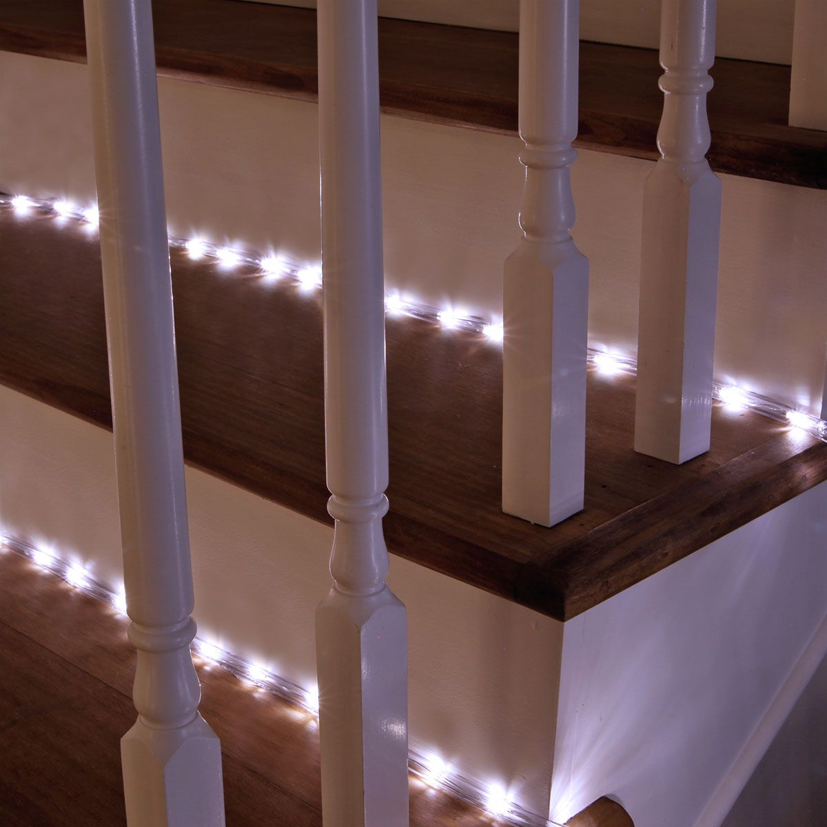 The 100 Warm White Leds Of These Cordless Led Rope Lights Are Ideal For Enhancing Deck Railings Stairs Trees Windows Gazebos And Other Outdoor Objects