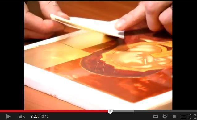 La pose de la feuille d\u0027or Technique de peinture dorure