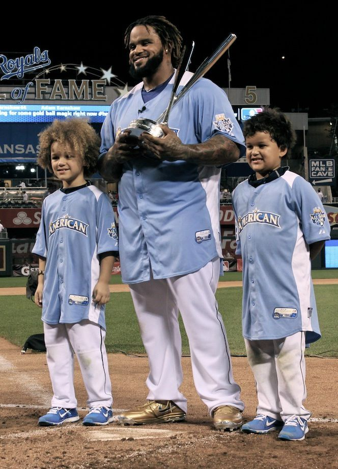 2c6eff773b7 Prince Fielder with his (adorable) sons after winning the Home Run Derby