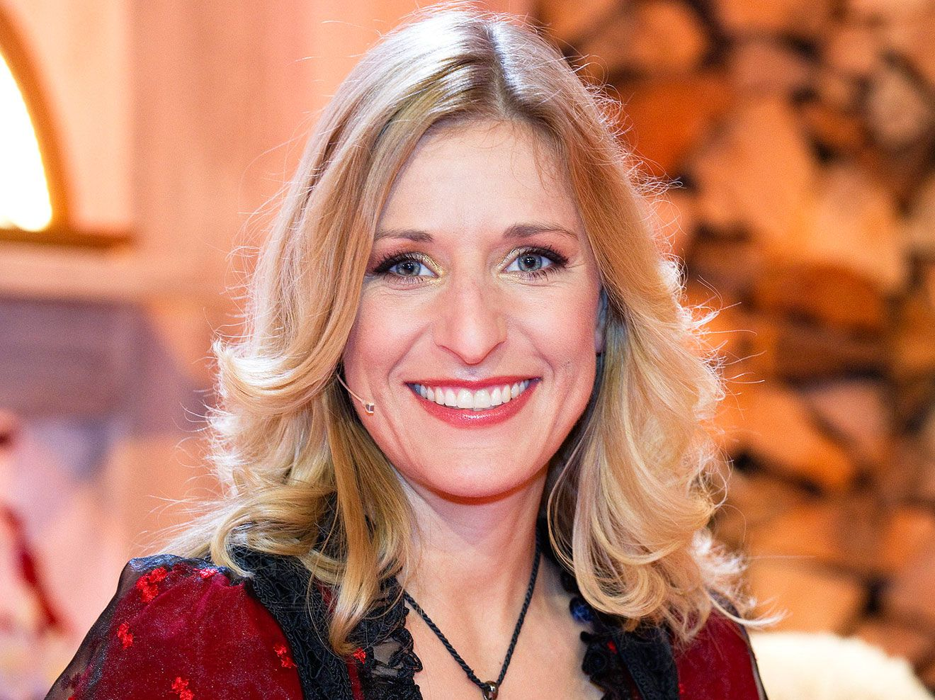 Die Grosse Show Der Weihnachtslieder Die Gaste Stefanie Hertel
