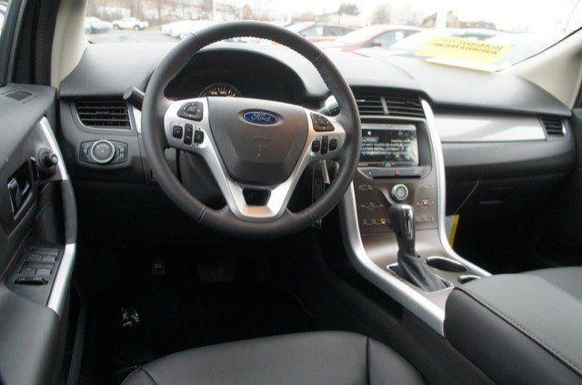Interior Of The 2014 Ford Edge Sel Whitemarshford Ford Edge