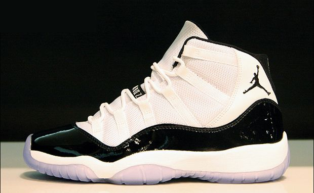 brand new 636cd 54c1d Air Jordan 11 Concords-what people were fighting over ...