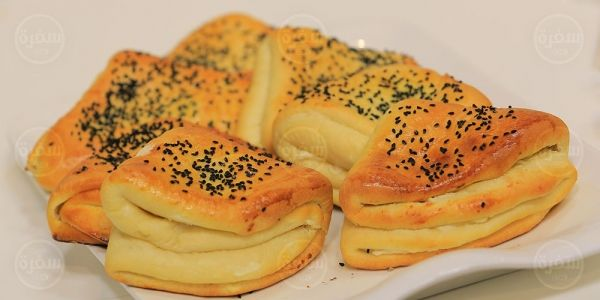 Cbc Sofra طريقة تحضير فطير مطبق بالجبنة نجلاء الشرشابي Recipe Food And Drink Food Recipes