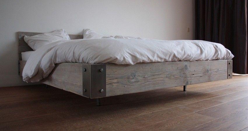 Steigerhout bed zwevend gussta zwevende bedden for Bed van steigerhout maken