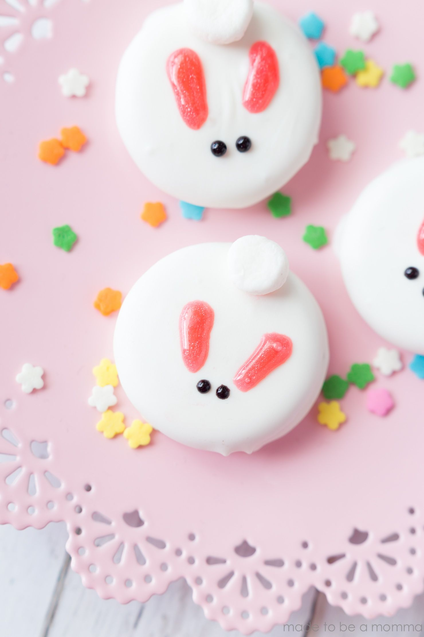 White Chocolate Covered Bunny Cookies: a perfect treat for Easter or a spring time party!