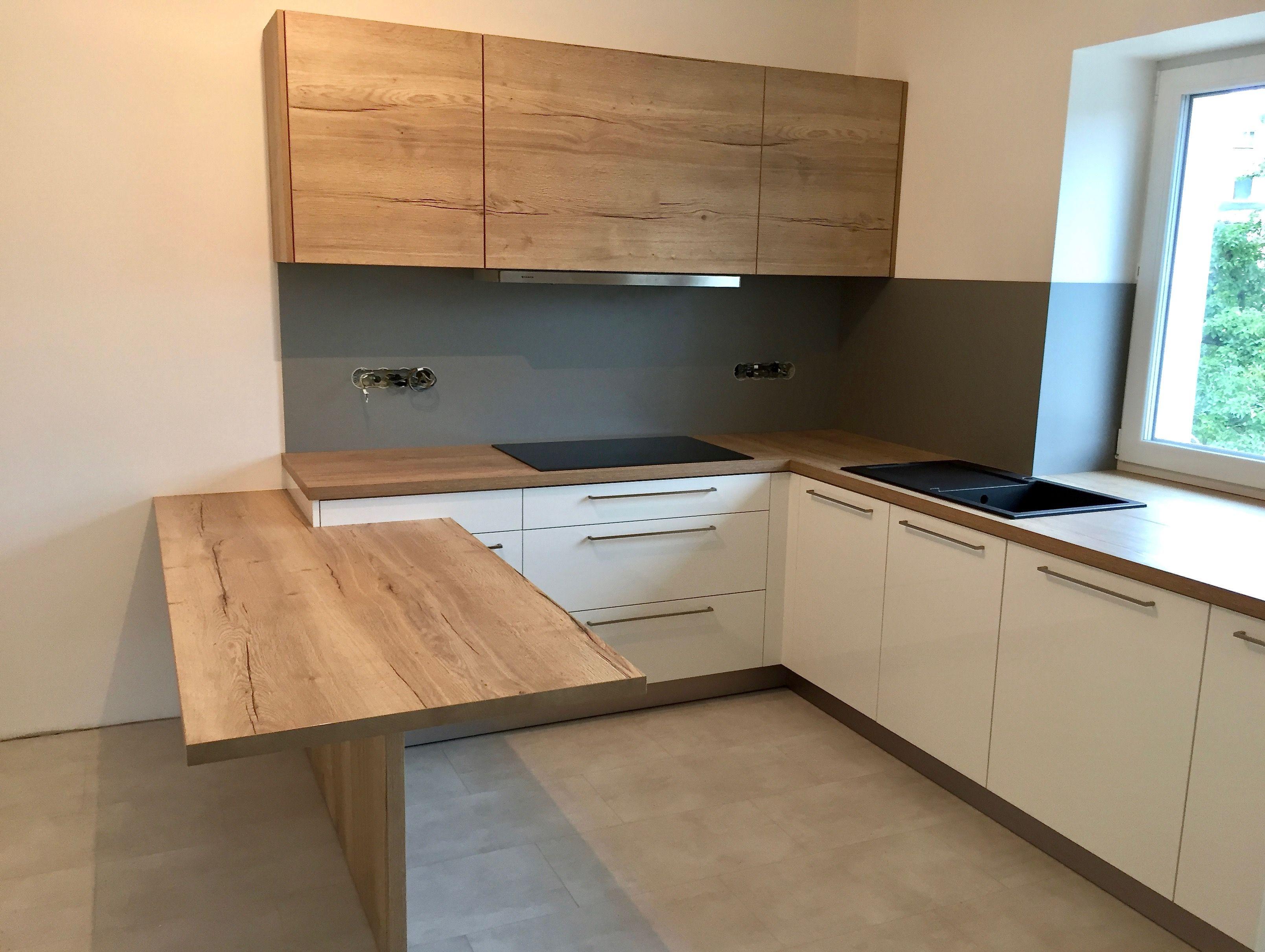 Dub halifax h1180 b l lesk v roba kuchyn modern for Kitchen design halifax