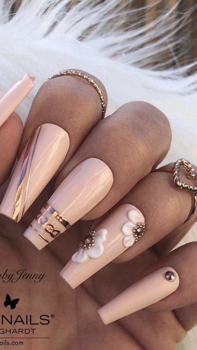 nails sparkle