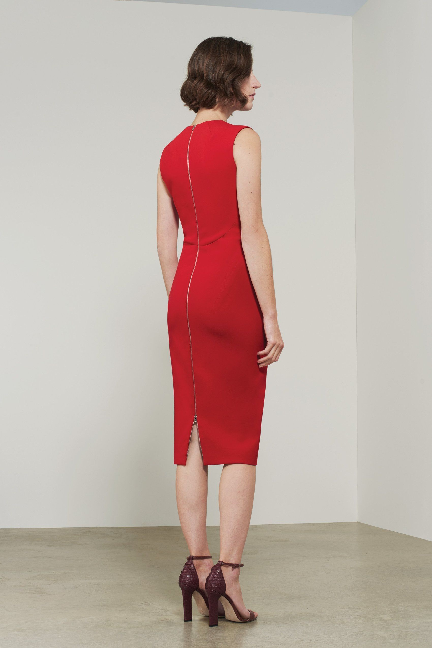 Sleeveless V Neck Fitted Victoria Beckham Red Sleeveless Dress Fitted Knee Length Dress Shopping Womens Dresses [ 2550 x 1700 Pixel ]
